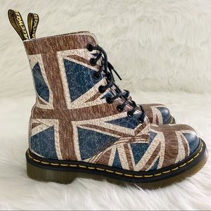 Dr Martens Pascal Boots NEW!
